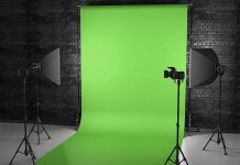 Top 10 Best Green Screen Backgrounds and Kits | Best Chromakeys for